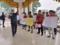 Masyarakat Demo DPRD Batu Bara Tuntut  Pengembalian Kelebihan Bayar