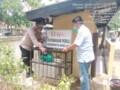 Kapolsek Johar Baru Serahkan Bantuan dari Ketua Bhayangkari Daerah Metro Jaya