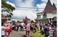 Massa 'Gerakan Selamatkan Simalungun' Unjukrasa ke DPRD