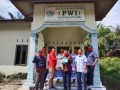 Ditengah Pandemi COVID-19 PWI Batubara Kembali Salurkan Sembako
