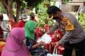 Kapolres Batubara Kunjungi Warga Lansia Serahkan Bantuan Kapoldasu
